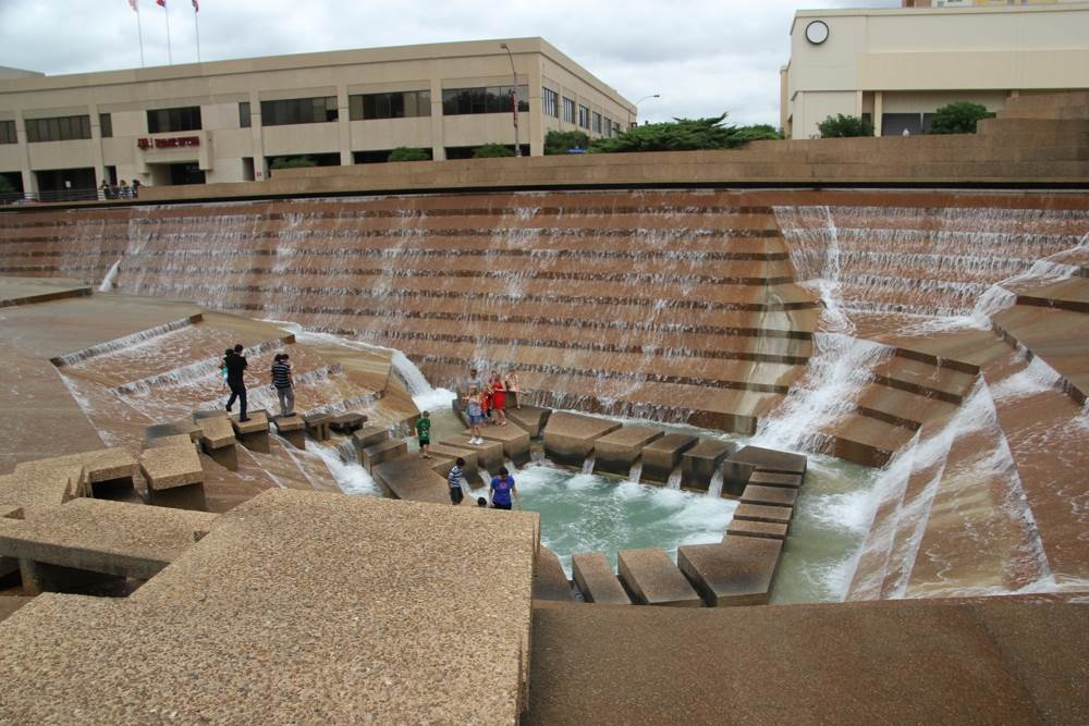 The Water Gardens are one of the free things to do in Fort Worth