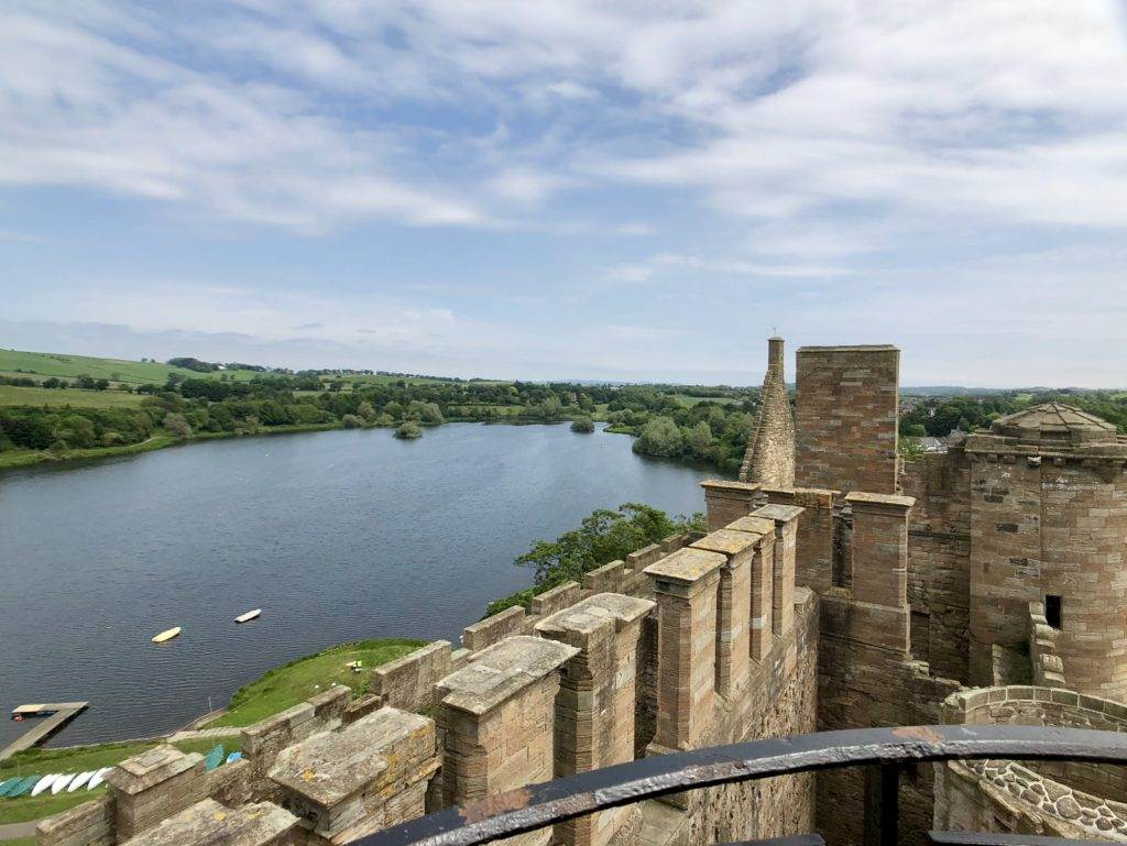 Linlithgow Palace should be part of your 7 day Scotland Itinerary