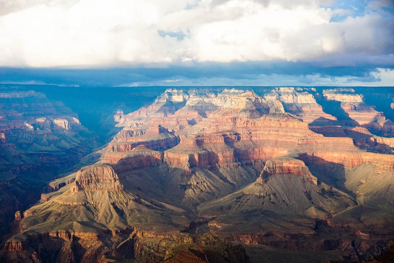 Helicopter ride over the Grand Canyon is definitely a romantic thing to do in Las Vegas