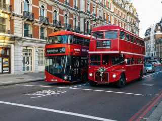 take the bus during your London itinerary 4 days