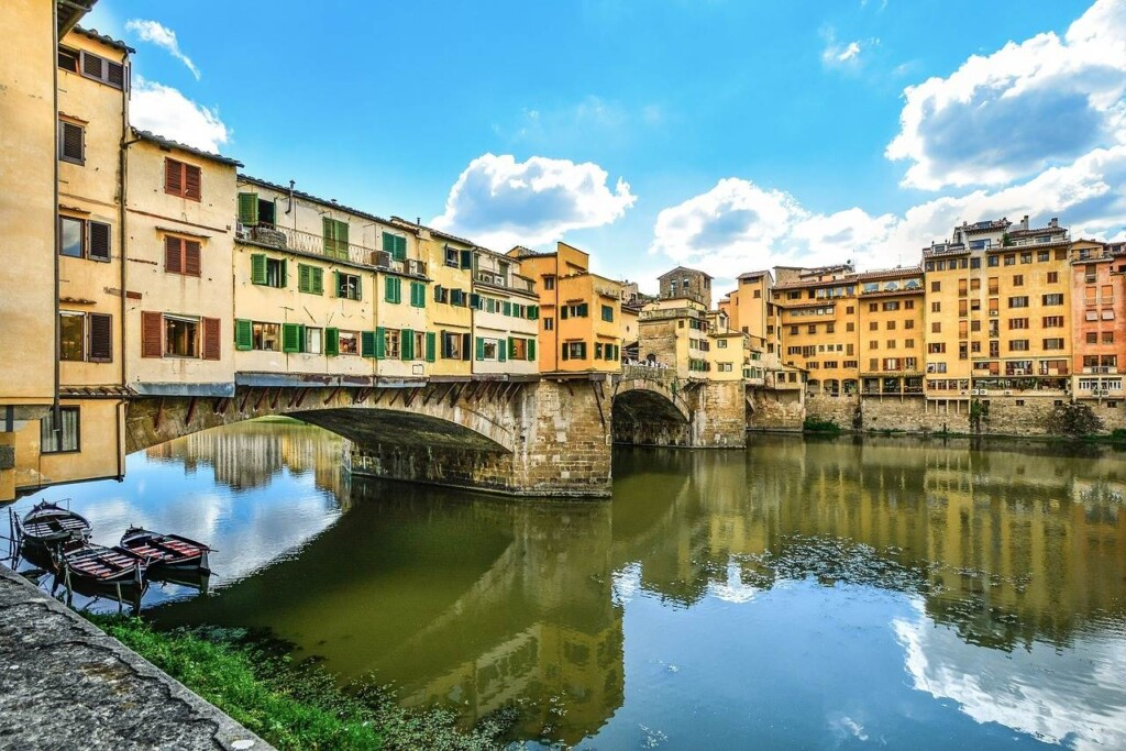 Ponte Vecchio bridge is a must on your 2 days Florence itinerary