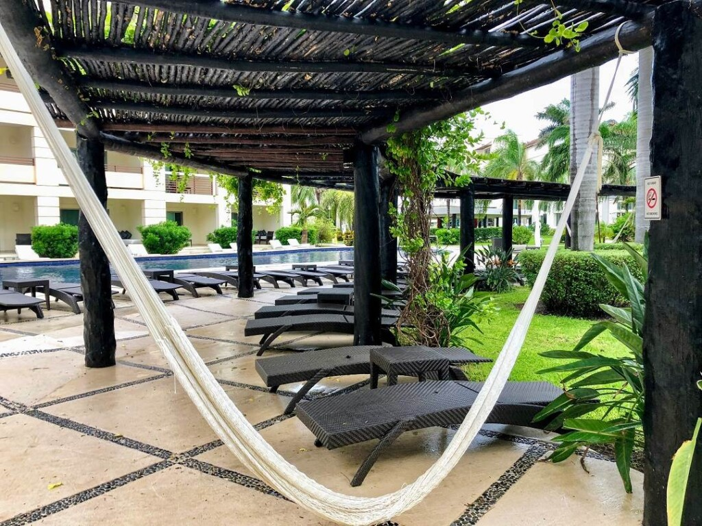 relaxing is one of the top things to do in the Riviera Maya
