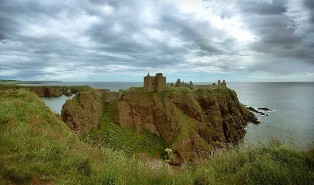 Places to Visit in Scotland-Dunnatar Castle
