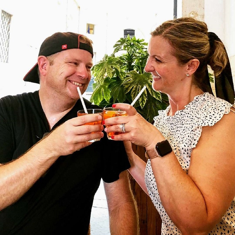 Couple drinking Aperol Spritz in Rome