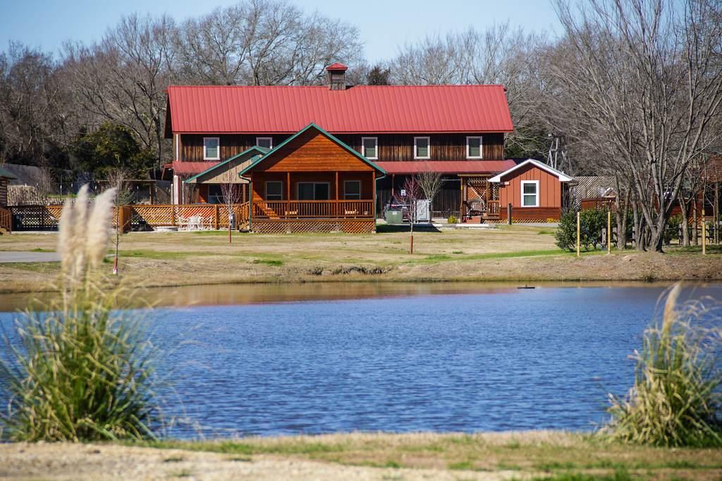 cabins in Canton, Texas