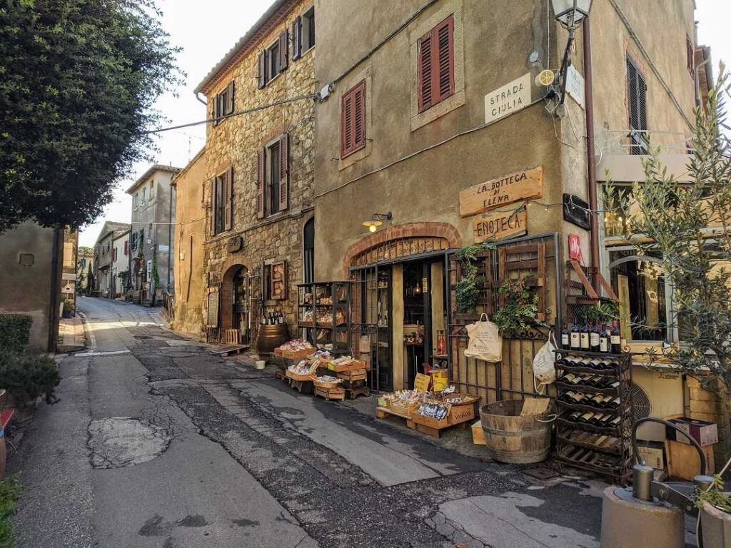 Bolgheri-Towns in Tuscany