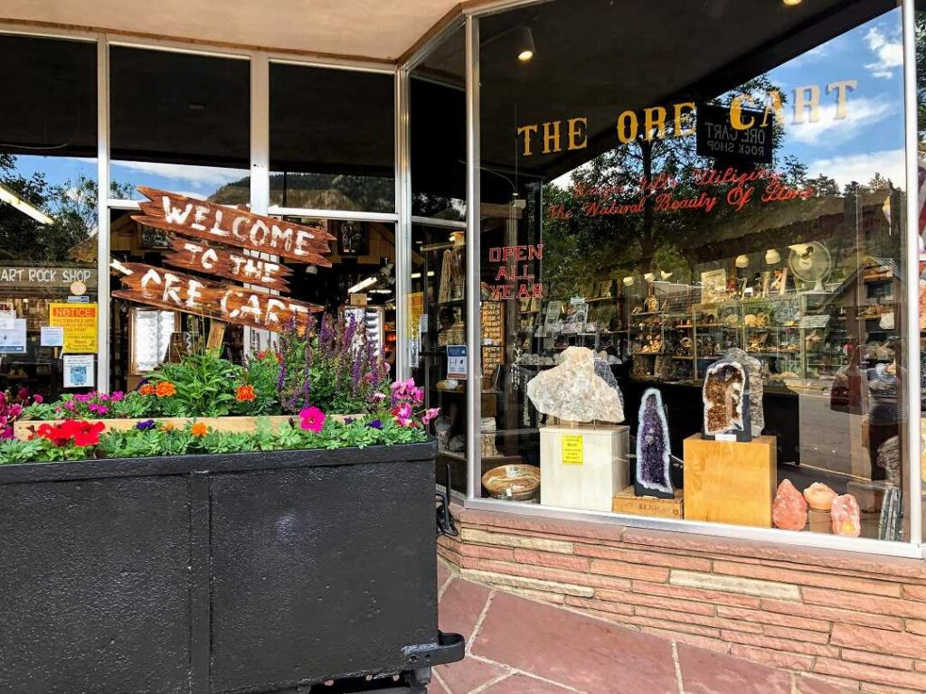shopping is one of the things to do in estes park colorado