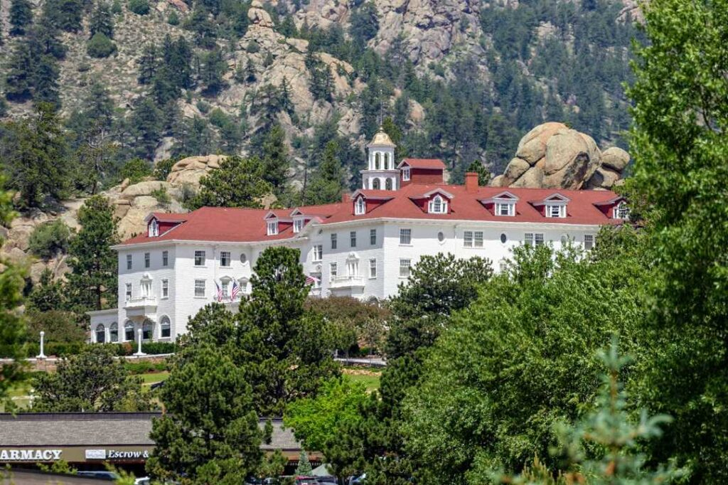 The Stanley hotel is one of the things to do in Estes Park colorado