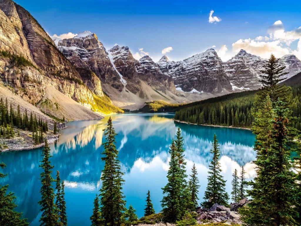 lake and mountains at Banff National Park